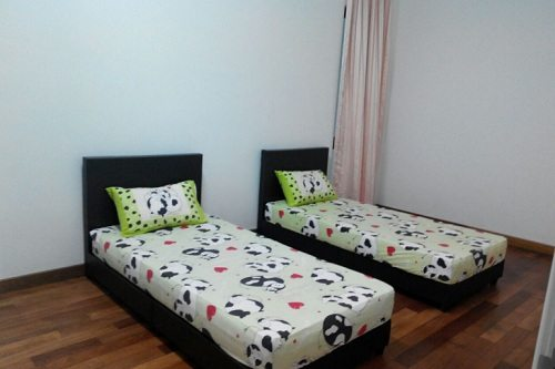 luxury light water front river view homestay