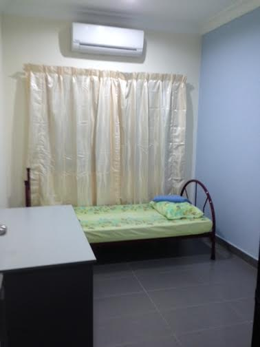 8 Bedroom USJ 6 Housestay Daily Rent