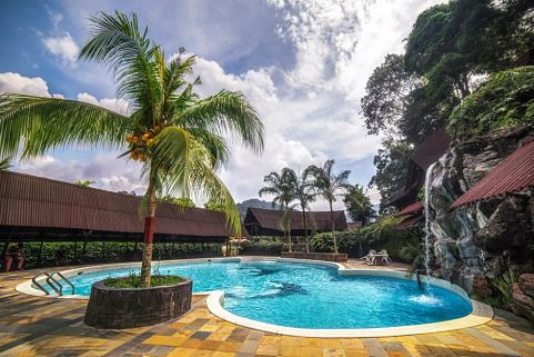 Kota Rainforest Resort In Johor With Swimming Pool