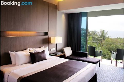 Amara Sanctuary Resort Sentosa In Johor With Swimming Pool