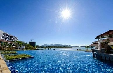 Dayang Bay Serviced Apartment & Resort In Langkawi With Swimming Pool