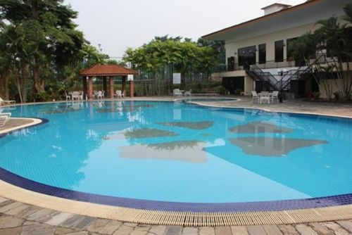 Taiping Golf Resort In Perak With Swimming Pool