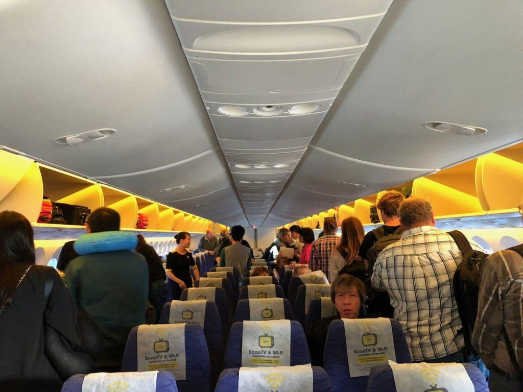 cheap flights from India to Australia, cheap flights from Singapore to Gold Coast, FlyScoot to Gold Coast