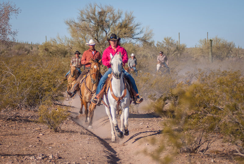 An unforgettable escape at Dude Ranches along with your BFF