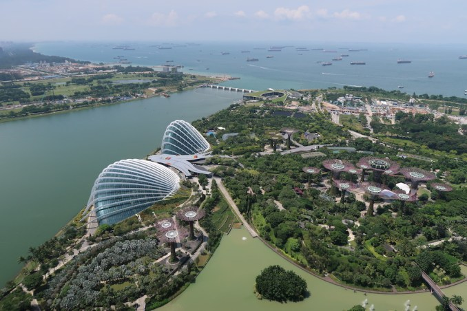 MARINA BAY SANDS: SANDS SKYPARK - VIEW