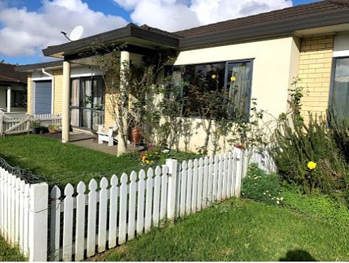 Mangere Bridge Homestay In Auckland New Zealand